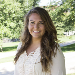 Picture of Ellie Robison - WordPress Developer and Student from the University of Iowa - She develops effective websites